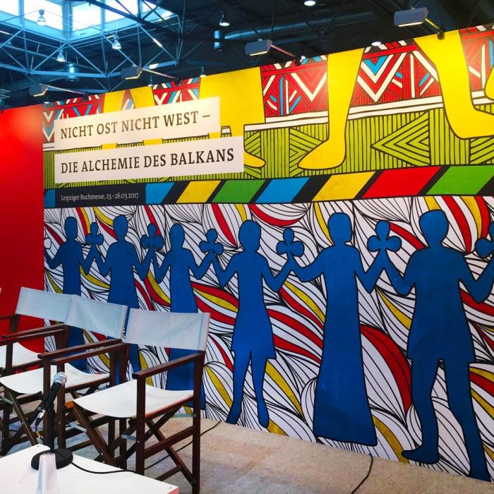 martin_zech_design_projekt_design_traduki_messestand_leipziger_buchmesse_2017_buehne_1